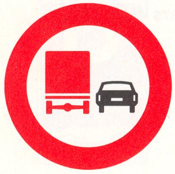 Verbod voor vrachtauto's om motorvoertuigen in te halen